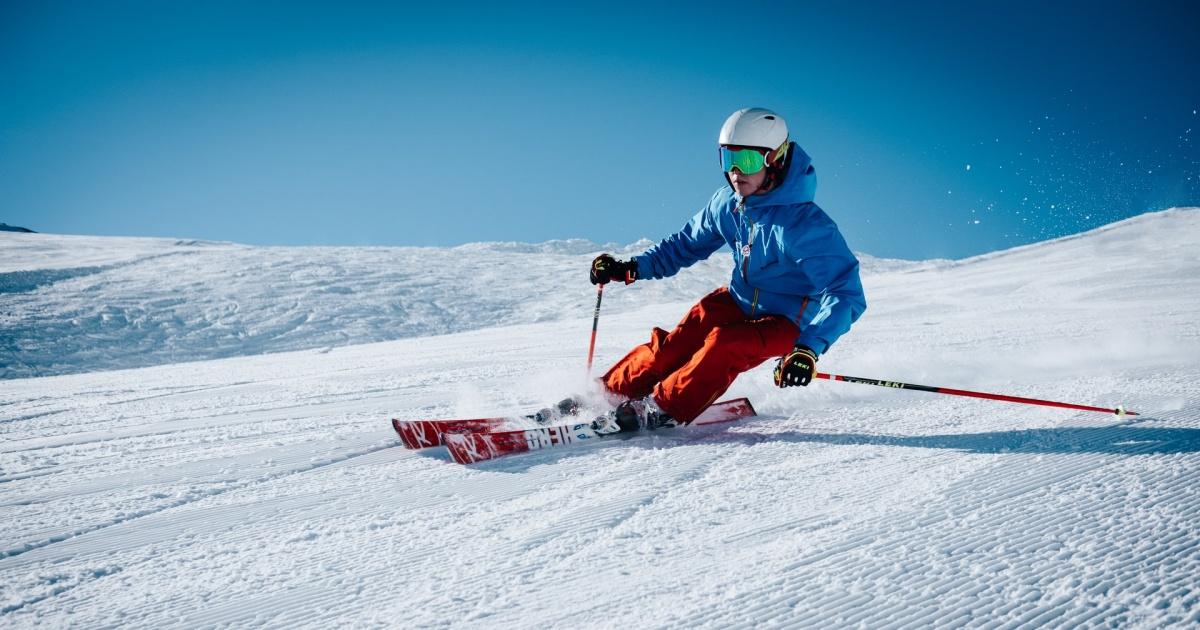 レベル別、曲がりやすいスキー板の選び方
