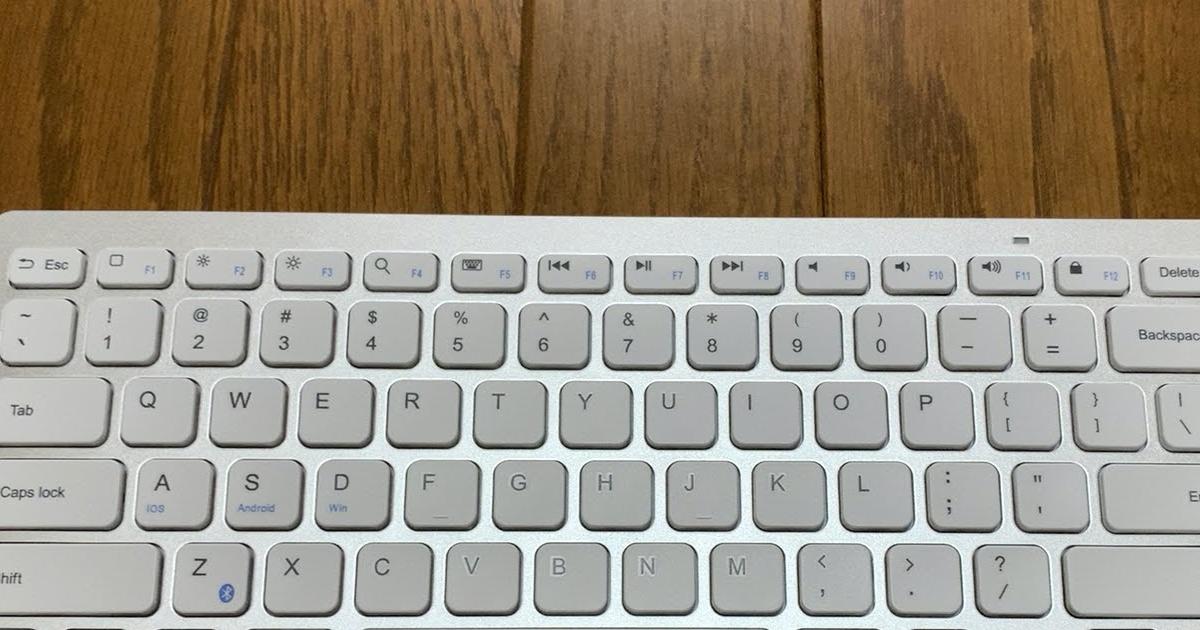 US配列の英語キーボードのため配列が異なる